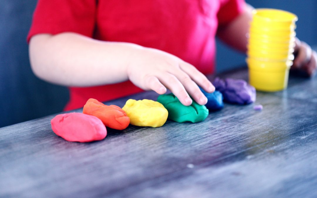 How to Entertain A Child with Autism and Provide Ideal Learning Environment During School Closure